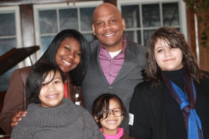 Evangelize4Life Director of Evangelism, Steven Glover & Daughters